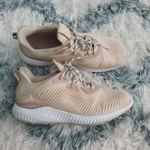 Adidas Alpha Bounce in beige